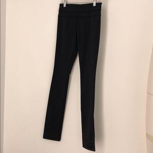 Lululemon black Skinny Grove leggings sz 4 NWT